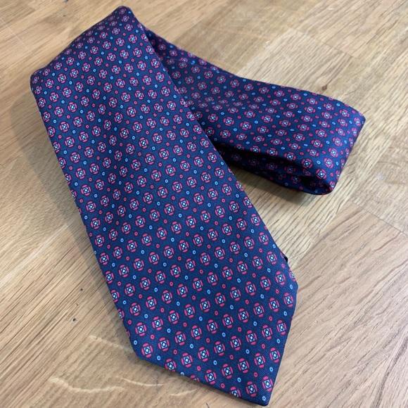 5dcc86d0d8 Vintage GANT tie. Gant. M_5be9dd21aa5719cd40165f95.  M_5be9dd21aa5719cd40165f95